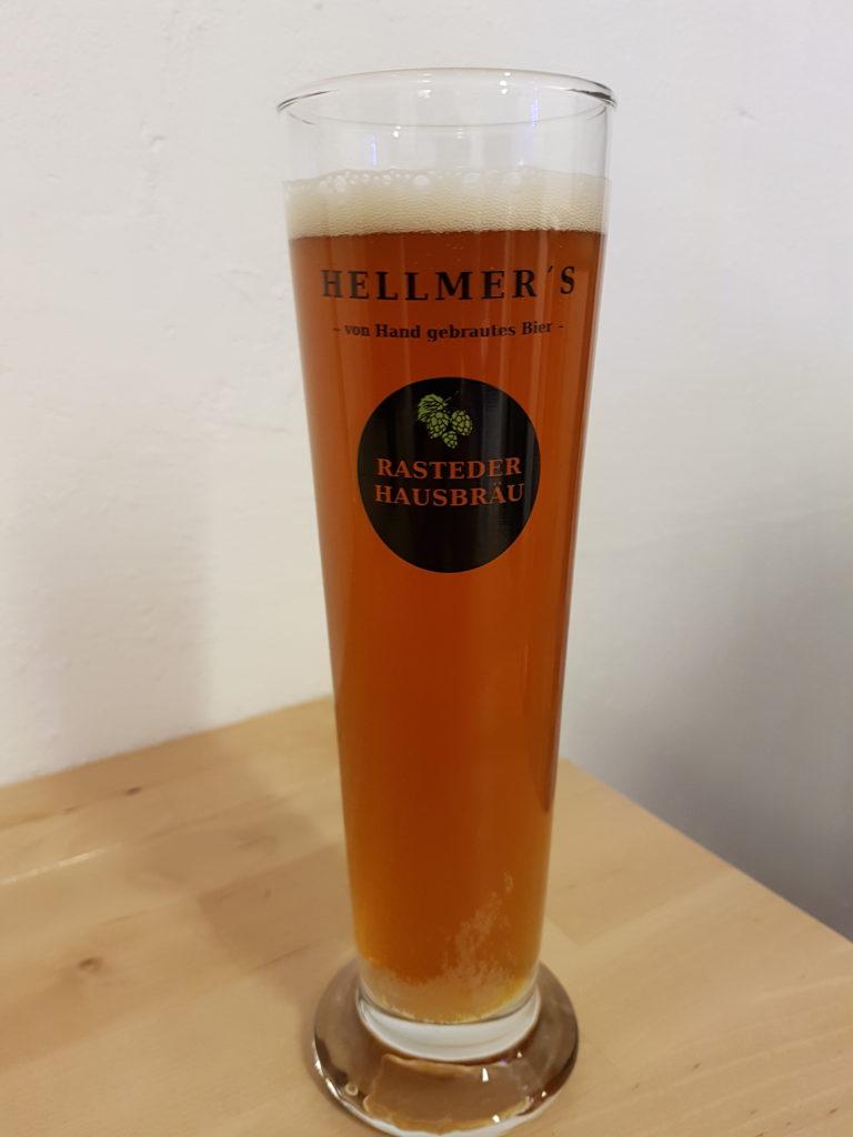 Bierglas von der Brauerei Hellmer